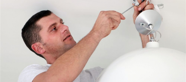 DIY Electrical Advice: What You Can And Can't Do At Home